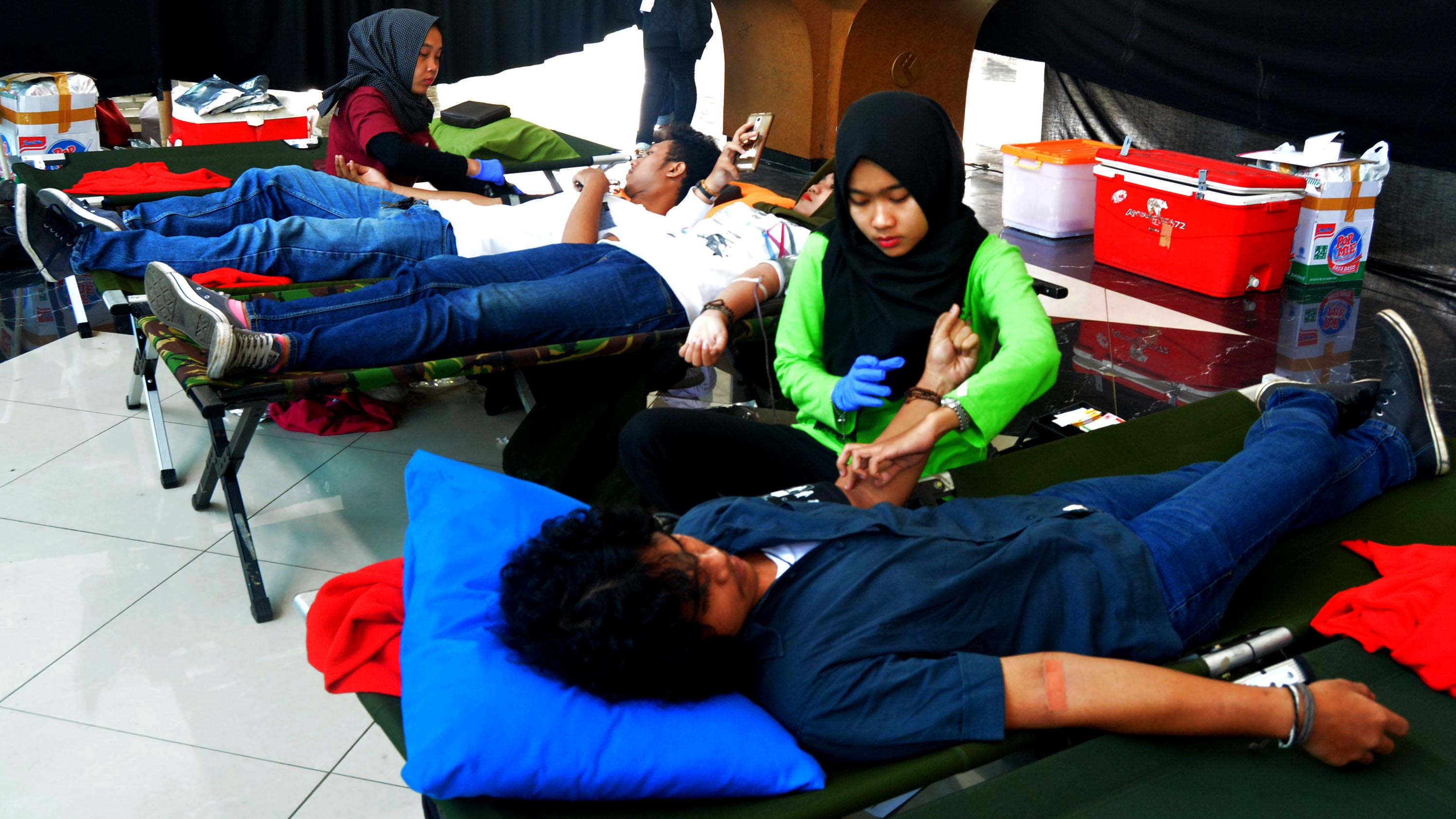 Blood Care PoliMedia 2017